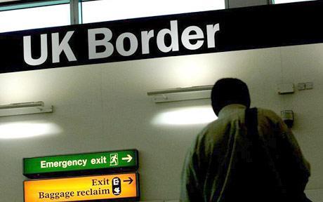Voyager avec un passeport à risque : Le parcours du combattant