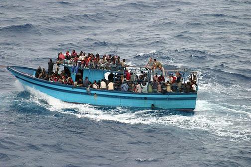 African-refugees-Mediterranean-escape2
